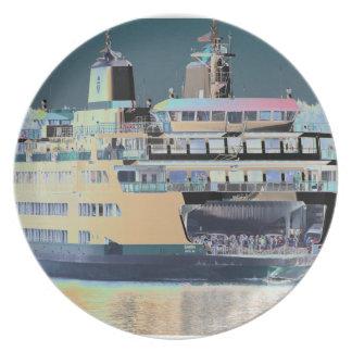 Plato Isla de San Juan del transbordador del puerto de