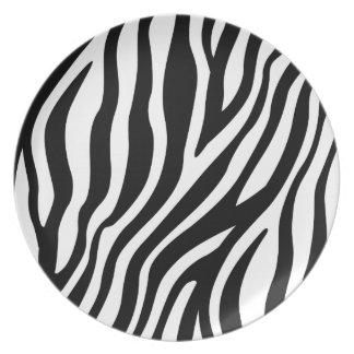 Plato Modelo blanco y negro de las rayas del estampado
