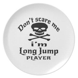 Plato No me asuste que soy jugador del salto de longitud