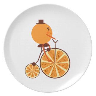 Plato Paseo anaranjado