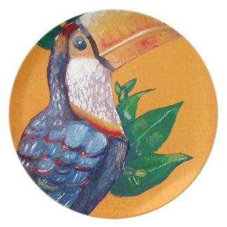 Plato Pintura hermosa del pájaro de Toucan