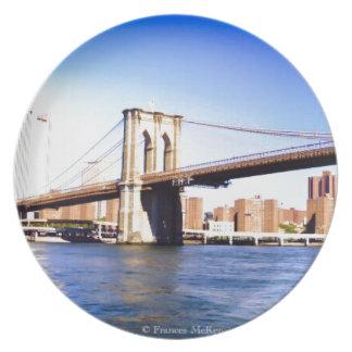 Plato Puente de Brooklyn
