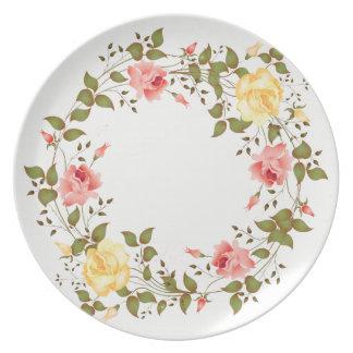 Plato Rosas rosados y amarillos que pintan la placa de