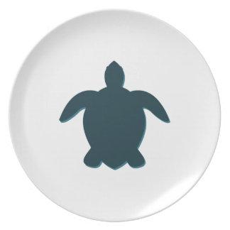 Plato Silueta de la tortuga de mar con la sombra