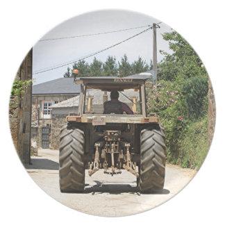 Plato Tractor gris en el EL Camino, España