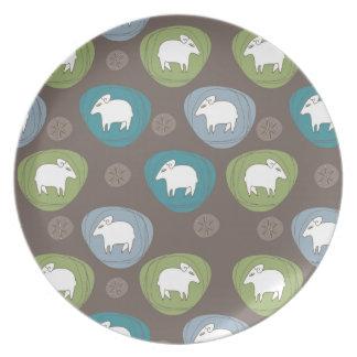 Plato Una oveja en óvalos