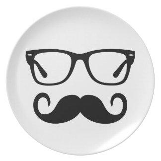 Plato Vidrios del inconformista y bigote del manillar
