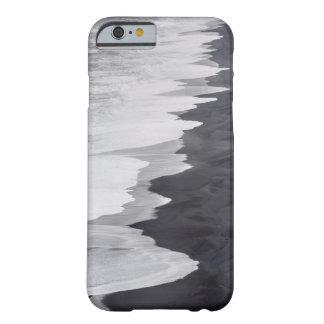 Playa blanco y negro escénica funda barely there iPhone 6