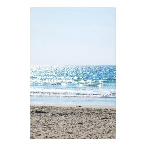 Playa brillante de California - océano azul Tarjetón