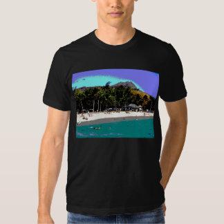 Playa de Wakiki en el extracto de Hawaii Camiseta