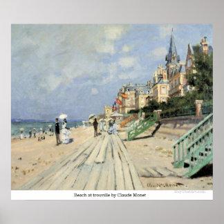 Playa en el trouville de Claude Monet Póster