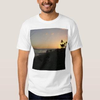 Playa impresionante asombrosa espectacular de camisetas