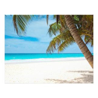 Playa tropical del paraíso tarjeton