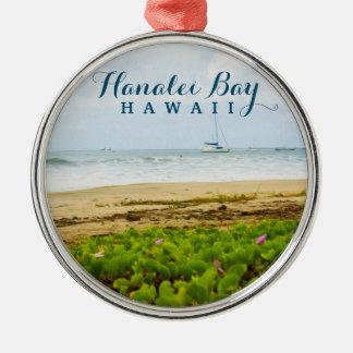 Playa y barcos de Kauai Hawaii de la bahía de Adorno Navideño Redondo De Metal