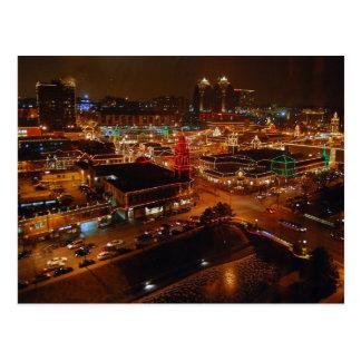 Plaza del club de campo, Kansas City, luces del dí Tarjetas Postales