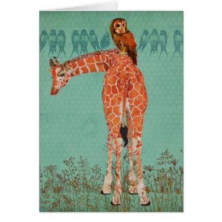 Plumas ambarinas de la jirafa y del búho felicitación