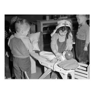 Poca enfermera, 1943 postales