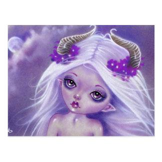 Poca postal de la púrpura del chica de la luna de