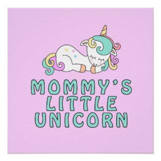Poco poster del unicornio de la mamá