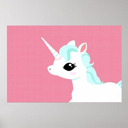 Poco unicornio con el poster azul de la melena