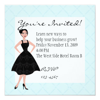 poco vestido negro invitación 13,3 cm x 13,3cm