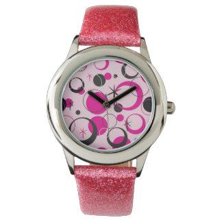 Polca rosada y negra punteada reloj de mano