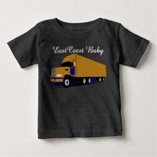 Policía motorizado del camión dieciocho del camiseta de bebé