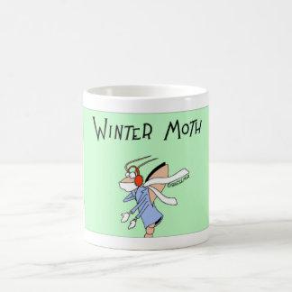 Polilla del invierno taza de café