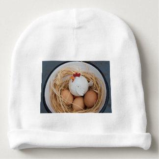 Pollo y huevos gorrito para bebe