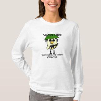 Polluelo del soldado camiseta