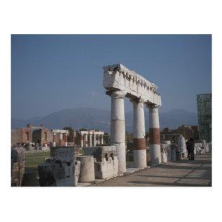 Pompeya, pilares en el foro postal