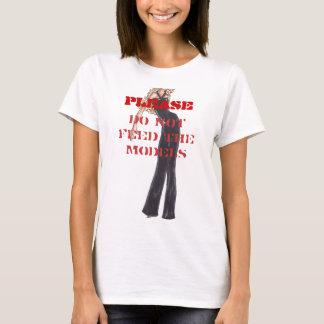 POR FAVOR, no alimente los modelos Camiseta