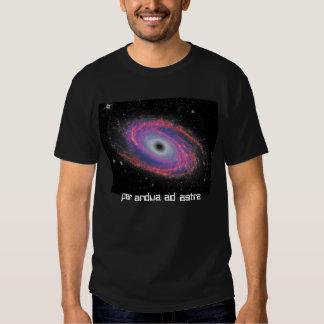 Por la camiseta de la galaxia del espacio de Astra