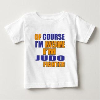 Por supuesto soy combatiente del judo camiseta de bebé