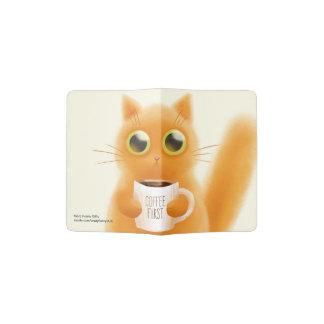 Portapasaportes El gatito lindo pintado a mano con café primero