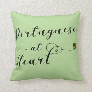 Portugués en el amortiguador del tiro del corazón, cojín decorativo