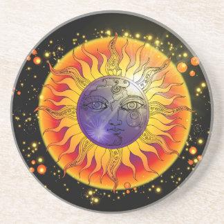 Posavasos Cara de luna total del eclipse solar