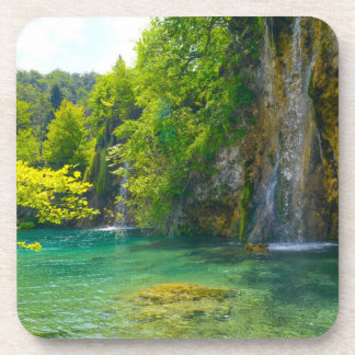 Posavasos Cascadas en el parque nacional de Plitvice en