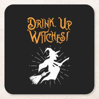 Posavasos Cuadrado De Papel ¡Bebida encima de brujas!