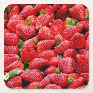 Posavasos Cuadrado De Papel fotografía rosada oscura deliciosa de las fresas