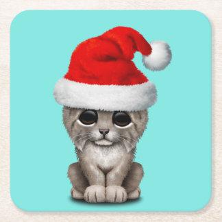 Posavasos Cuadrado De Papel Lince lindo Cub que lleva un gorra de Santa