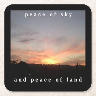 Posavasos Cuadrado De Papel Paz del práctico de costa del cielo y de la puesta
