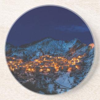 Posavasos De Arenisca Castelmezzano Italia en la noche