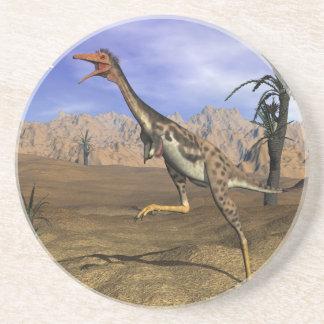 Posavasos De Arenisca Caza del dinosaurio de Mononykus - 3D rinden