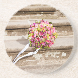 Posavasos De Arenisca Ramo floral del boda del rosa y del verde
