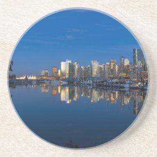 Posavasos De Arenisca Reflexión azul de la hora de Vancouver A.C.