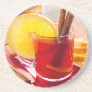 Posavasos De Arenisca Té de la fruta cítrica de la fruta con canela y el