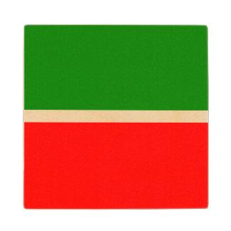 Posavasos De Madera Tartaristán señala por medio de una bandera