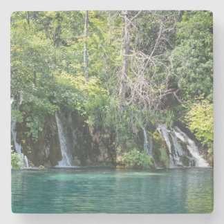 Posavasos De Piedra Cascadas en el parque nacional de Plitvice en