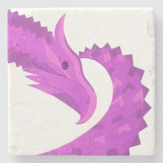Posavasos De Piedra Dragón brillante del corazón púrpura en blanco
